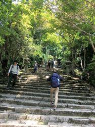愛宕神社前の石段に到着! あとはこの石段を登るだけ