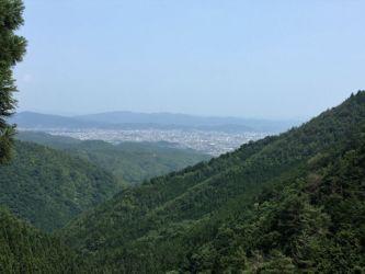 月輪寺付近から見た嵐山あたり